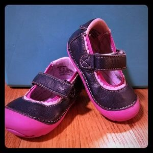 Infant size 3 Stride rite infant leather shoes